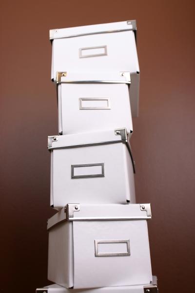 1032014-white-boxes