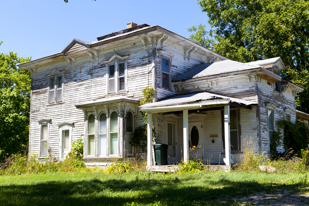 old house_109739576